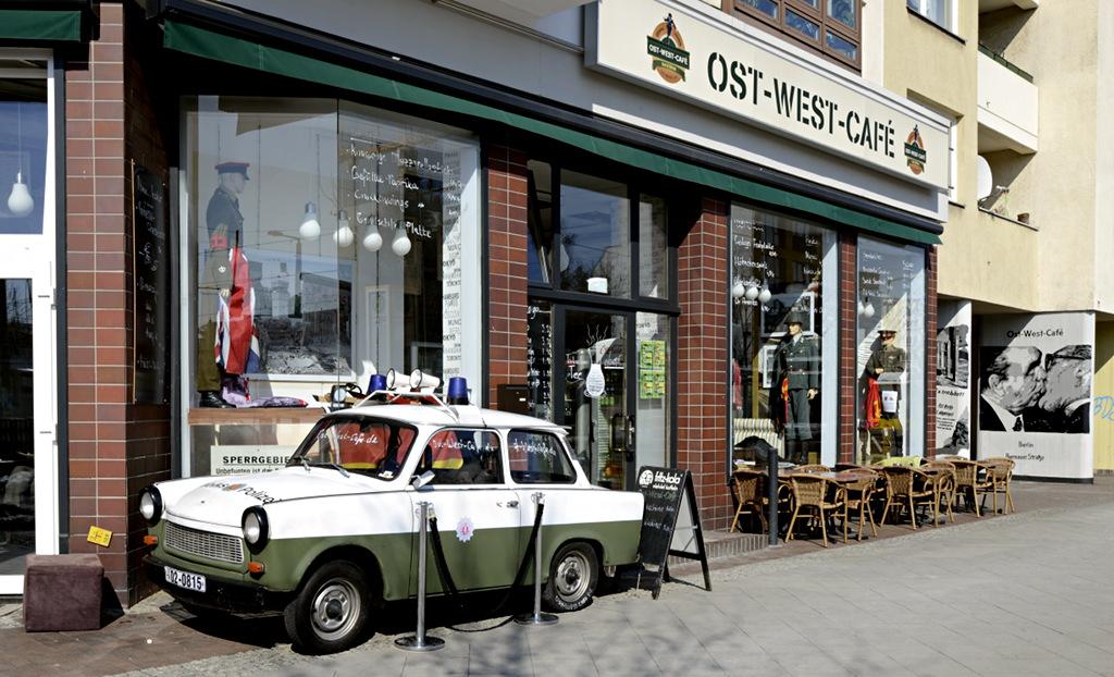 Berlin Ostwestcafe Bernauer Strasse